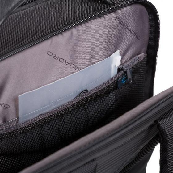 Brief 2 Rucksack mit Laptopfach aus rezykliertem Stoff mit iPad Fach 41 cm black