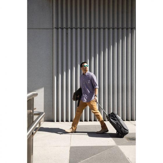 Rolling Transporter Global Carry-On 33 I 52 cm black